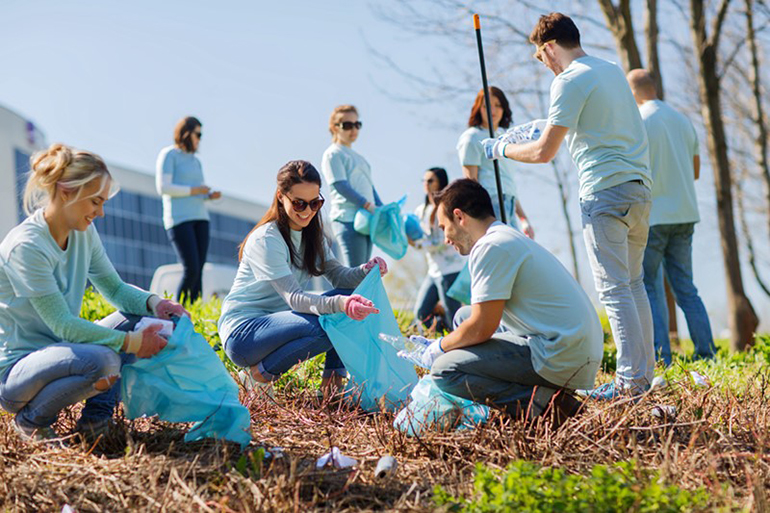 Canada-Plastic-Action-Centre-waste-cleanup.jpg