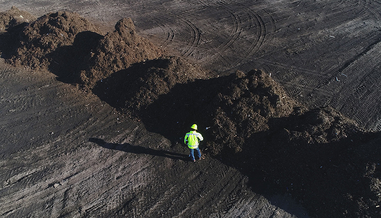 Orange County, Calif., to Scale Landfill Compost Projects