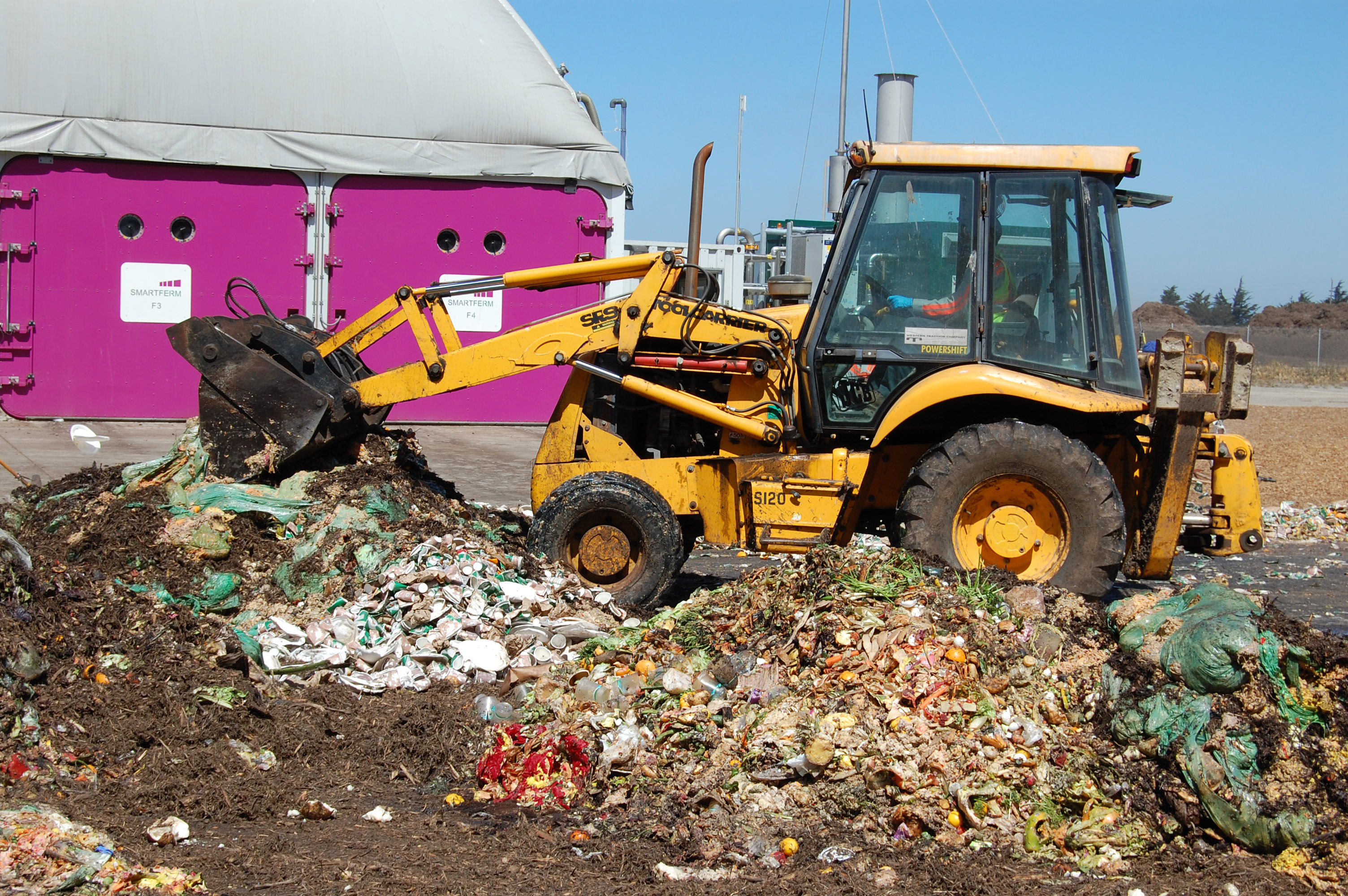 Monterey-County-ad-compost-facility-2.jpg