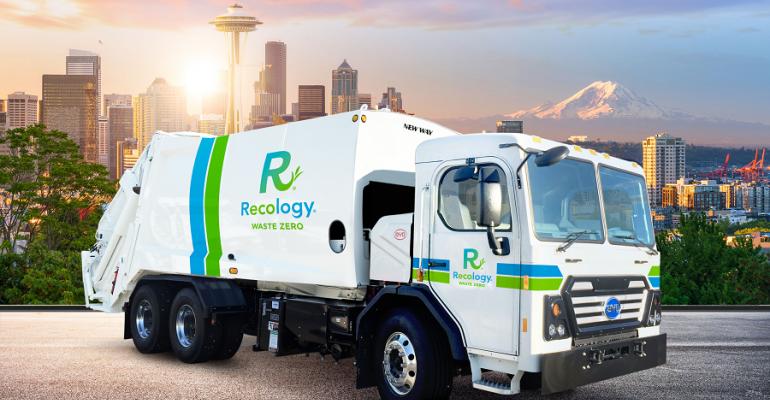 071818 byd seattle refuse trucks rendering (1).png