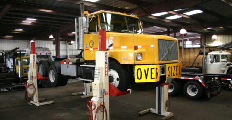 Trucks&PartsDifferenceLogo