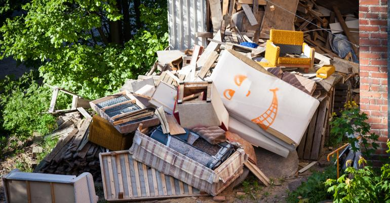 backyard-garbage