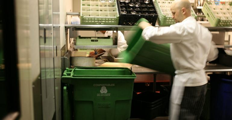 Restaurants Prioritize Food Waste Prevention