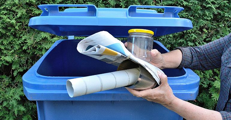 covered recycling bin