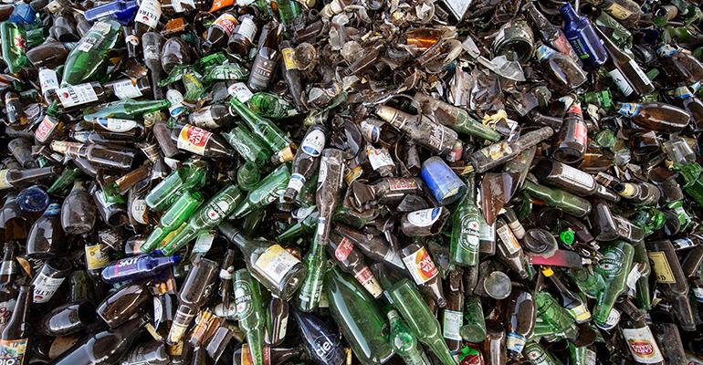"""Glass Recyclers Struggle to """"Feed"""" Beverage Packaging Manufacturers"""