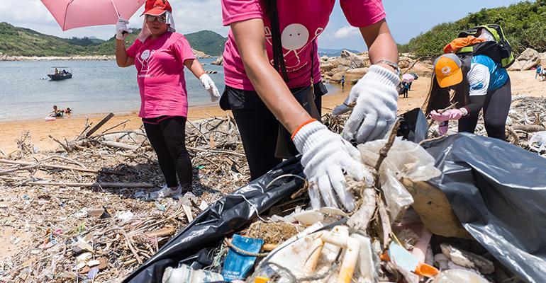 plastic clean up