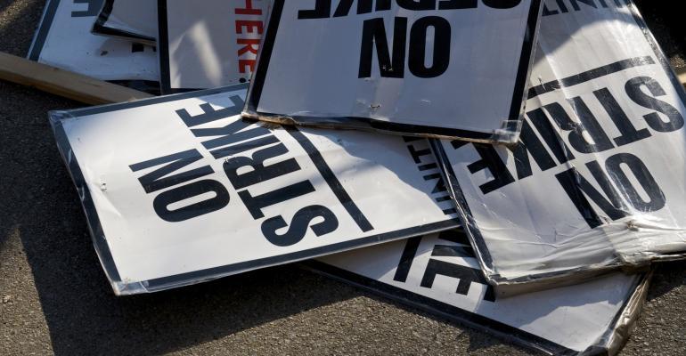 strike picket signs