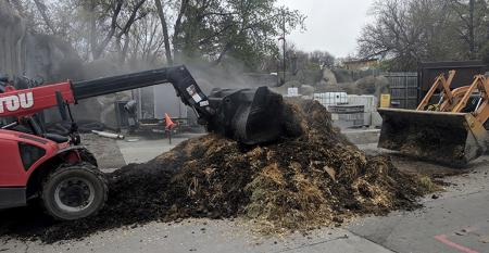 How Detroit Zoo is Converting Manure, Food Scraps to Energy